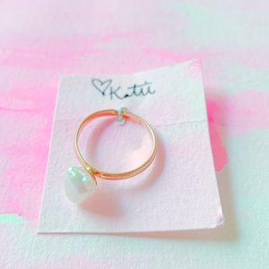 Freshwater Pearl and Gold Ring